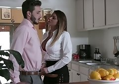 Man eating bitch Brooklyn Chase gets her twat rammed doggy and mish style