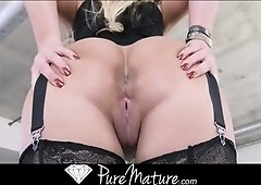 Phoenix Marie lingerie sex video