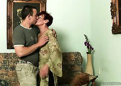 Dissolute granny Angela Reed gives really good blowjob to a hot guy