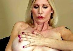 Amazing blonde MILF fondles her sweet slit on casting