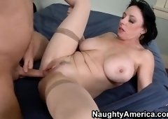 Godlike dusky mature woman Karen Kougar makes sensuous blowjob