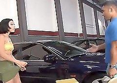 Brunette teen Erika Martinelli swallows her car repair mans cum