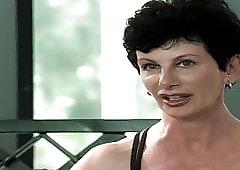 gamer girl who flashed her vagina during live broadcast