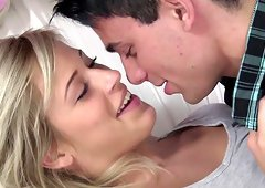 Blonde babe gets a visit from her boyfriend for a fucking