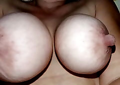 Big Naturals Tits on shower