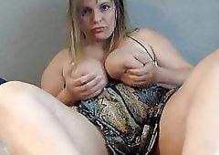 Expsed her anus