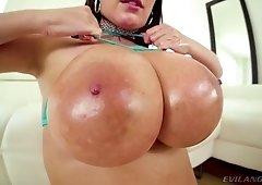 Perfect bosomy Australian slut Angela White gives titjob and blowjob