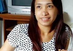 Filipina Blows A Guy's Dick