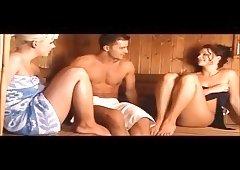 Dreier in der Sauna