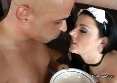 Pleasing Sophie Dee is getting a nice cumshot in public
