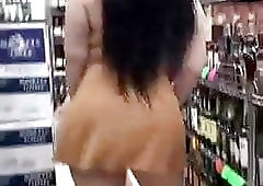 PAWG showing ass at the store