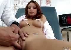 Juicy busty mom Monique Alexander got penetrated in asshole