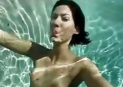 Underwater sex with two hot brunettes