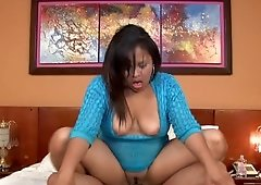 Fat ass Colombian babe balling in a hotel room