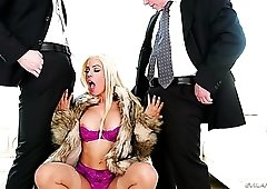 All lubed and appetizing Cuban blonde whore Luna Star takes hard DP